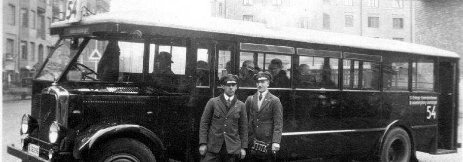 Buss i Stockholm på 1930-talet. B-M Sjöquists foto.